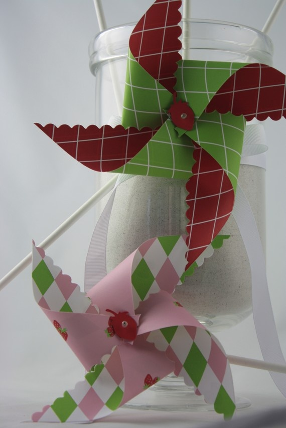 Spinning Strawberry Pinwheels  Birthday by crossroadscottage, $23.60Pinwheels Birthday, Birthday Ideas
