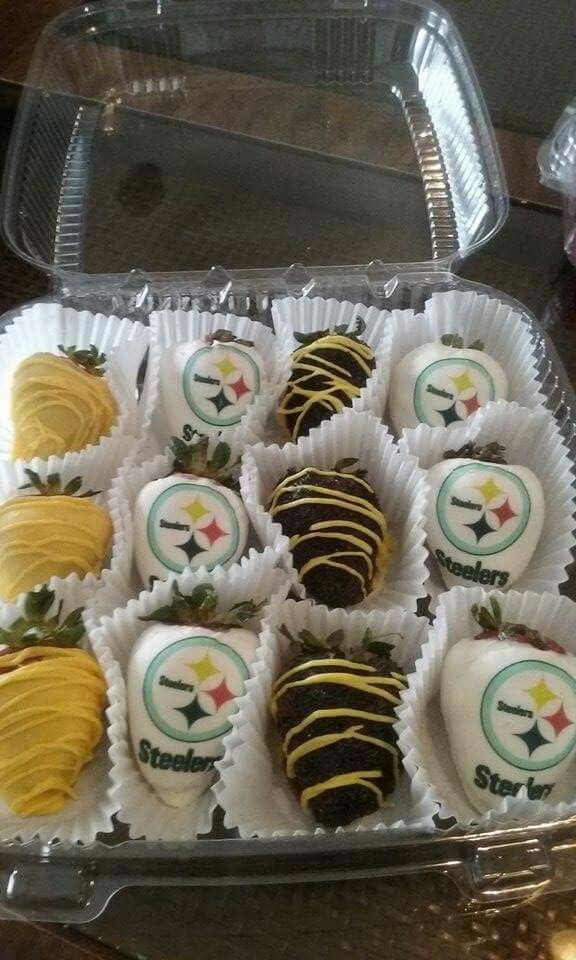 Steelers Chocolate Covered Strawberries Chocolate