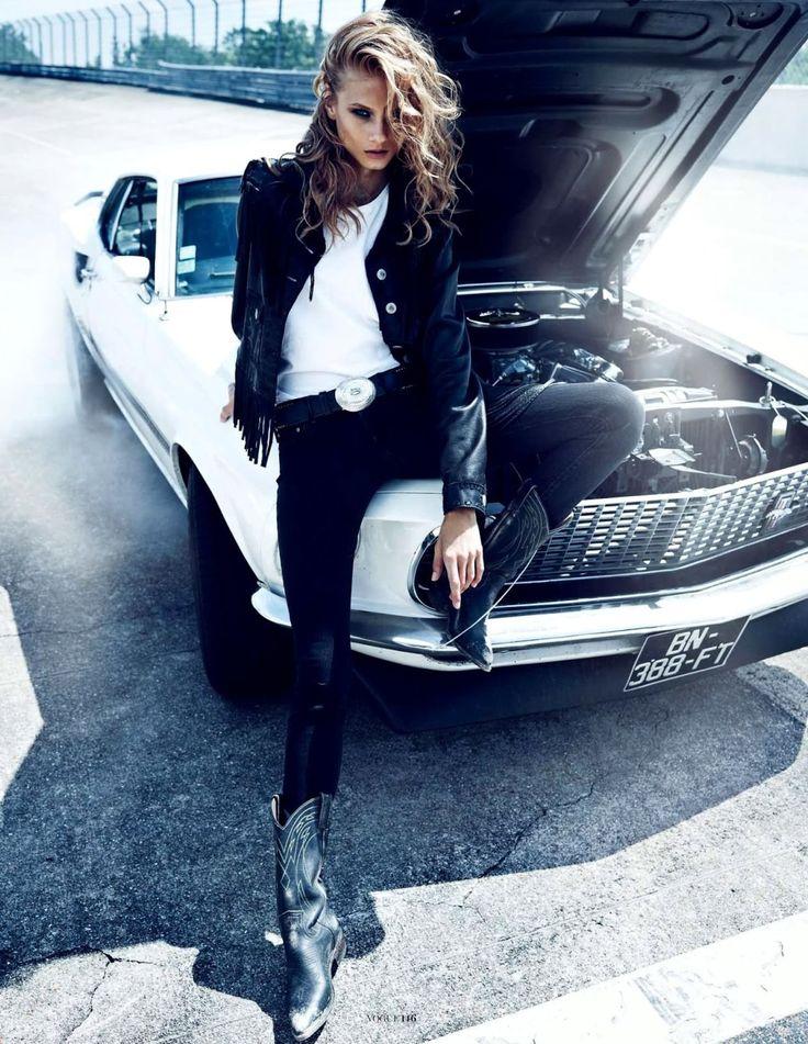 miss vogue: anna selezneva by lachlan bailey for vogue paris november 2012 | visual optimism; fashion editorials, shows, campaigns & more!