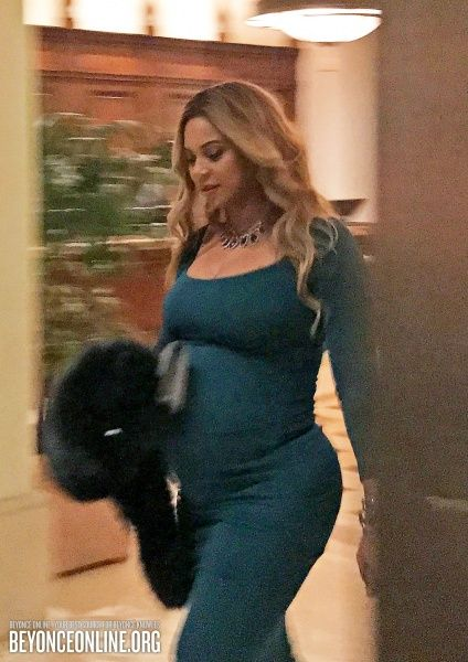 Montage hotel in Beverly Hills (February 25) - Beyoncé Online Photo Gallery