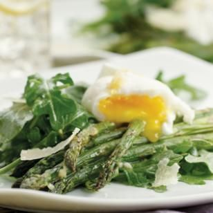 Now that I found a great (and cheap) source of local eggs I need some good non-breakfast ideas. This fits the bill