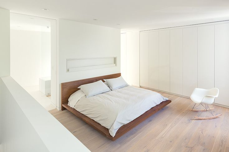 Best 27 Best Images About Long Narrow Bedroom Design On 400 x 300