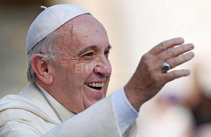 Francisco cumple 3 años de Pontificado –  El argentino Jorge Bergoglio consiguió transformar la Iglesia http://www.yoespiritual.com/eventos-espirituales/francisco-cumple-3-anos-de-pontificado-el-argentino-jorge-bergoglio-consiguio-transformar-la-iglesia.html