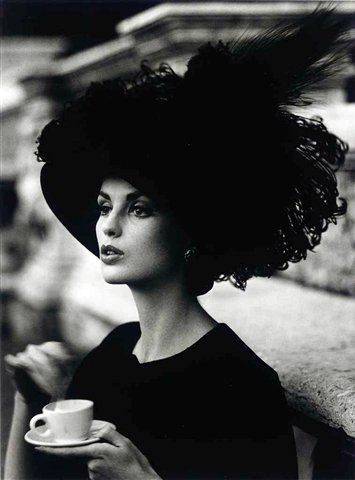 Very Parisian,  photo by William Klein, 1962