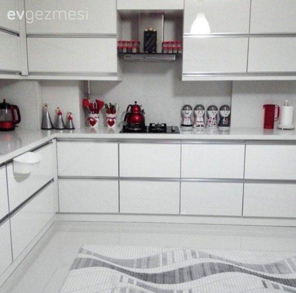 Beyaz, Kırmızı, Mutfak