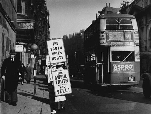 London Photo 1936: Wolf Suschitzky
