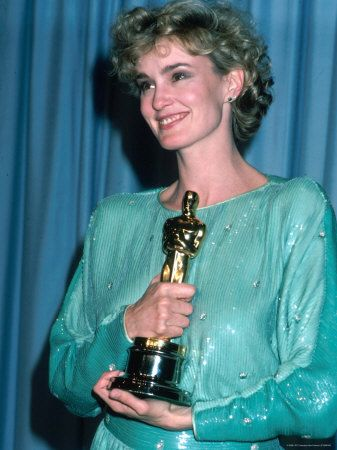 1983 |Jessica Lange wins an Best Actress in a Supporting Role for Tootsie. She was also nominated this year for Best Actress in a Leading Role for Frances.
