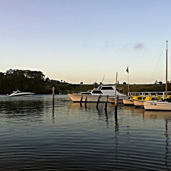 Day's End : Lakes Entrance, Victoria