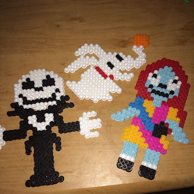 122 best perler bead patterns images on Pinterest | Fuse beads ...