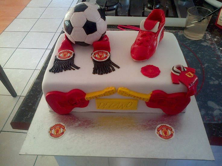 Manu Cake Design : 1000+ images about Manchester United 50th birthday cake ...