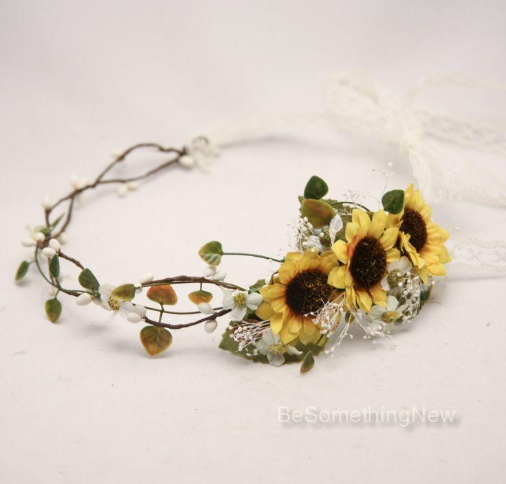Corona di fiori Girasole con foglie verdi e neonati respiro