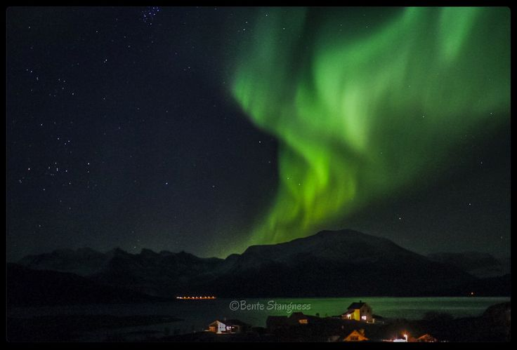 Northern lights 5.October 2015 - seen from Sommarøy, Tromsø, Northern Norway.