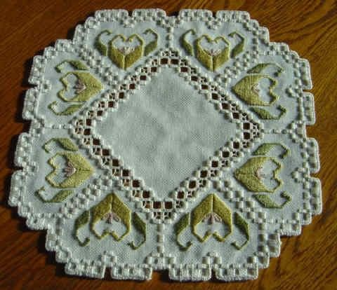 Attractive+Floral+Hardanger+Centerpiece+by+BrokenAchers+on+Etsy,+$30.00