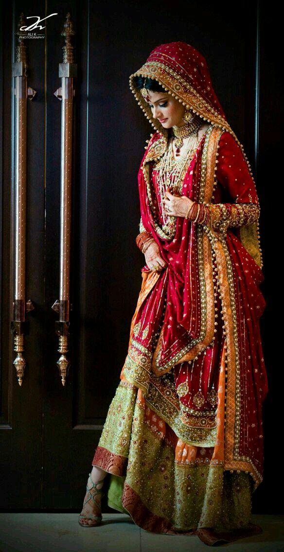 8 besten anziehsachen bilder auf pinterest indien mode pakistanische hochzeitskleider und. Black Bedroom Furniture Sets. Home Design Ideas