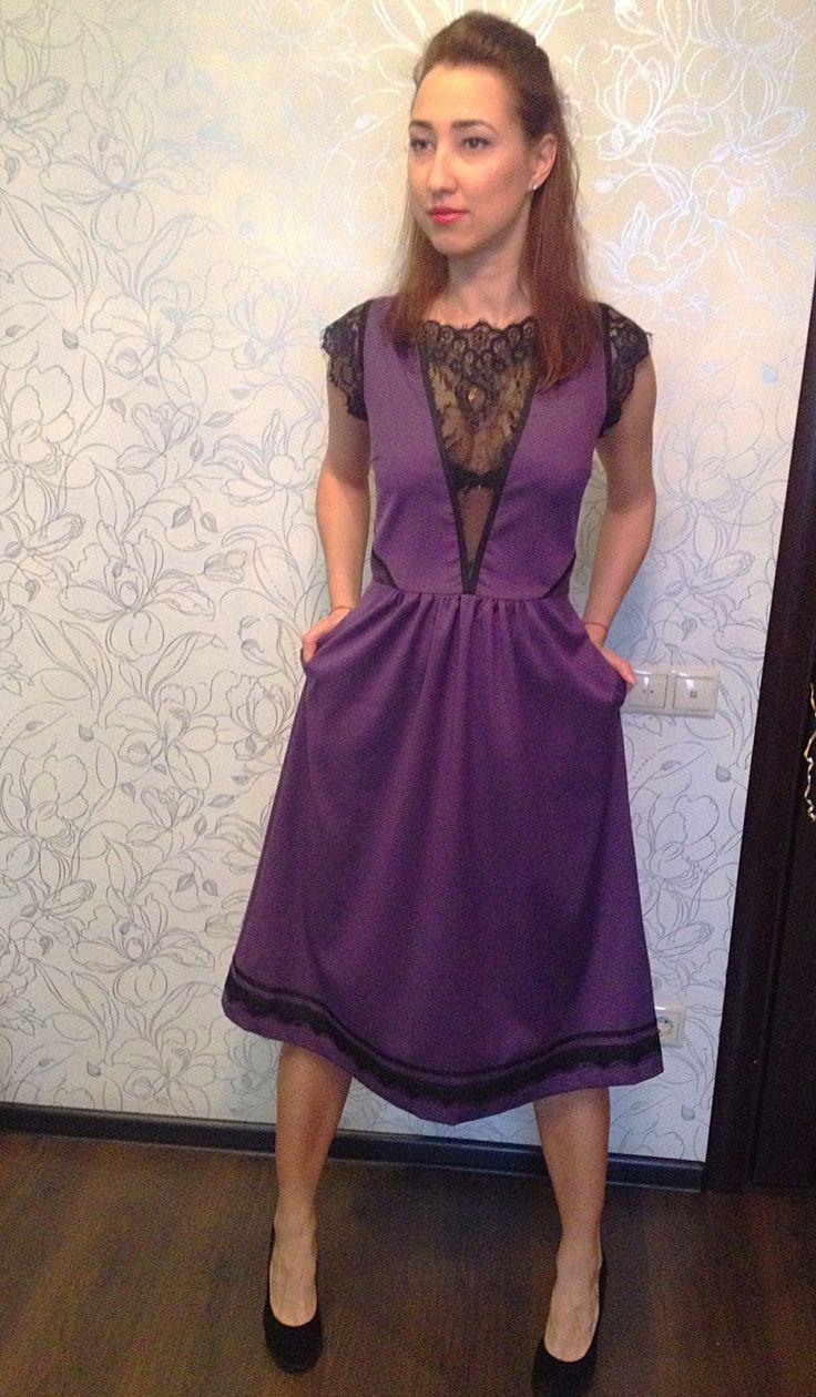 Хлопковое платье с кружевом