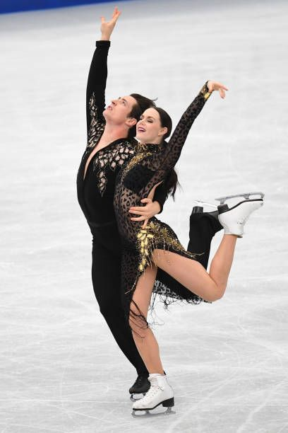 Tessa Virtue and Scott Moir of Canada compete in the Ice dance short dance during the ISU Grand Prix of Figure Skating at on November 11 2017 in...