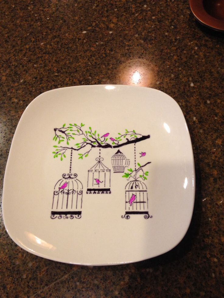 My second effort at decorating a plate. The first one was pitiful so I & 25 best Sharpie Plates images on Pinterest | Sharpie plates Markers ...