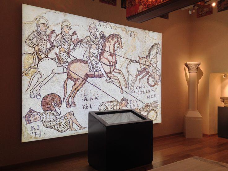 Cliente : Museo della Civiltà Cavalleresca -  Interior Decoration -  Stampa e Allestimento Pannello Luminoso a parete    -Castiglia - Saluzzo - #interiordecoration #museum #digitalprint #design #led