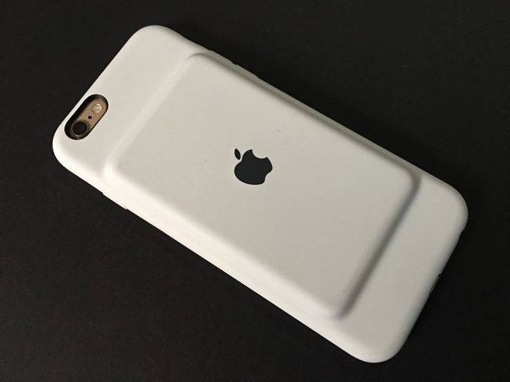 Apple unexpectedly released its first ever iPhone battery case on Tuesday, the iPhone 6s Smart Battery Case ($99), which is compatible with the iPhone 6 or 6s. Coming in charcoal gray or white, the 1877 mAh battery case charges using Apple's own Lightning cable, instead of a micro-USB cable which is generally used to charge most third-party battery cases.…