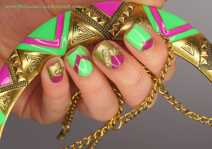 fall into ...naiLove!: Neon aztec necklace nails.