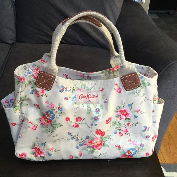 Cath Kidston, London handbag Beautiful floral shabby chic design. No marks, excellent condition. No trades. Cath Kidston Bags Satchels
