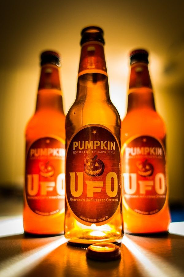 Halloween Drink: Fall Pumpkin, Halloween Parties, Pumpkin Ufo, Halloween Drinks, Beer Bottle, Halloween Treats, Cheese Fondue Recipes, Halloween Ideas, Chee Fondue Recipes