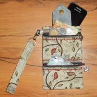 Phone Wristlet (5x7) | All Sew Crafty