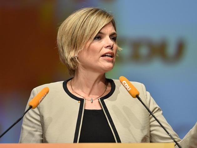 Klöckner (CDU) calls for a legal obligation to integrate refugees.