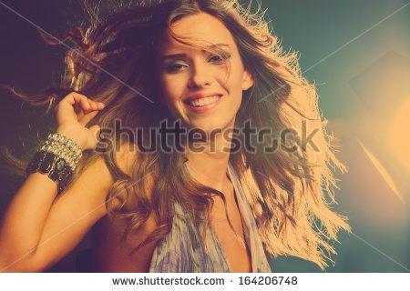 Стоковые фотографии Girl Night Club, Стоковые фотографии Girl Night Club, Girl Night Club Стоковые изображения : Shutterstock.com