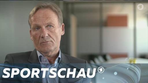 """""""Was der Anschlag mittel- und langfristig auslöst, das ist jetzt noch nicht absehbar"""", Borussia Dortmund-Geschäftsführer Hans-Joachim Watzke im Interview."""