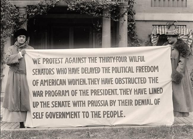 Iron Jawed Angels: Picketing the White House
