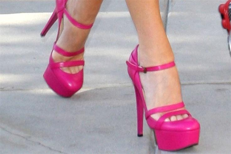 Google Afbeeldingen resultaat voor http://s3.she.be/nl/imgpath/assets_img_she/2012/09/12/2356476/flamboyante-accessoires_1000x667.JPG
