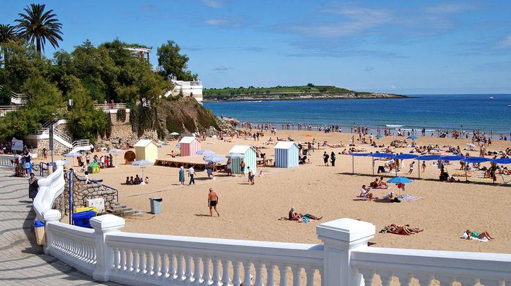Playas de Cantabria: El Sardinero, Santander  #Cantabria #Spain