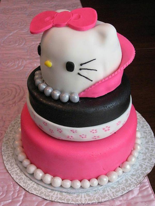 torten dekorieren hello kitty design ausgefallen lustig interessant