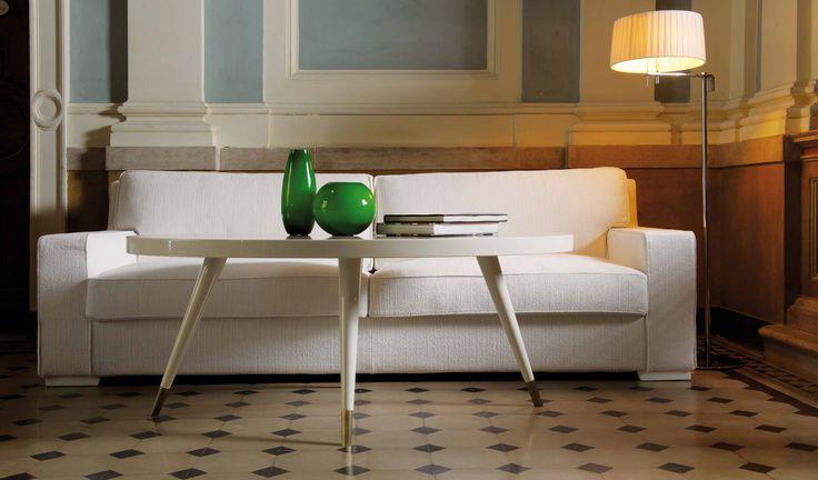 DOM EDIZIONI Luxury Furniture Antoine Sofa Andrea The table #domedizioni #luxuryfurniture  #luxuriyliving #antoine #andreathe #smalltable