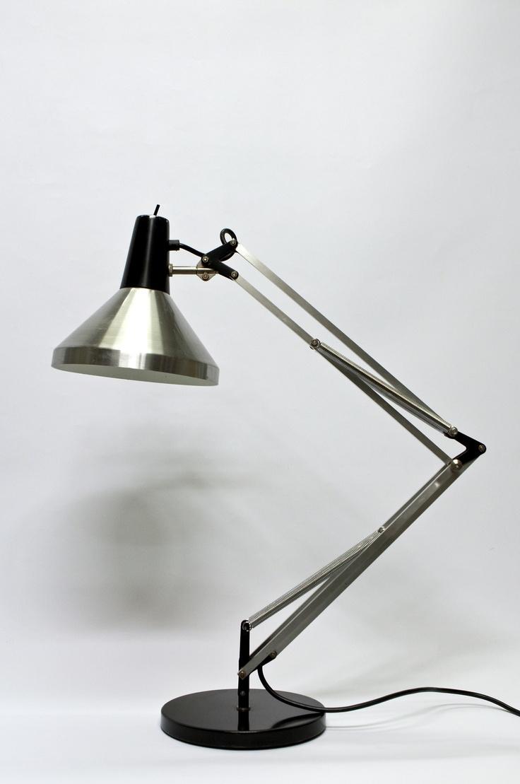 Hala Bureaulamp, Grote en Stoere Lamp, zwart en mat zilver.