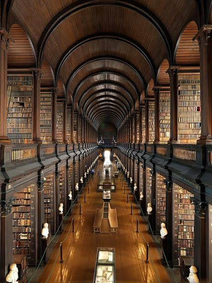 Trinity Kolej Kütüphanesi _ İrlanda
