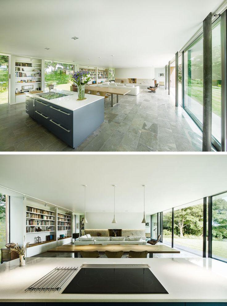 Dieses moderne Haus in England ist entworfen, um auf dem Land niedrig zu leben