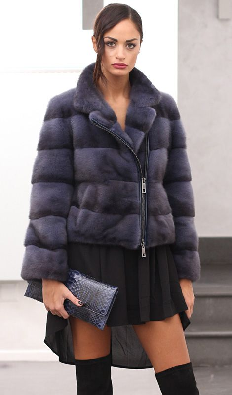 Female Mink Fur Jacket with whole skins. Made in Italy. Skins Quality: Kopenhagen Platinum Fur; Color: Blue Denim; Closure: With Zip; Collar: Round; Lining: 100% Satin; Lining Color: Fantasy, Multicolor; Length: 50 cm; #elsafur #fur #furs #furcoat #coat #mink #minkcoat #cappotto #peliccia #pellicce