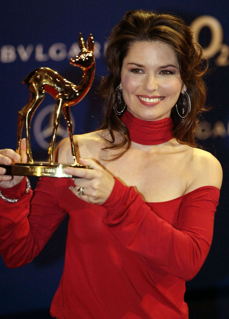 28 Things You Don't Know About Shania Twain http://zntent.com/28-things-you-dont-know-about-shania-twain/