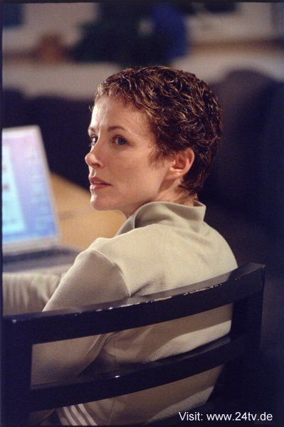 24 TERI BAUER - See best of PHOTOS of the 24 TV show
