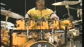 Simon Phillips - Drum Solo Performance - Drum Fest 2009 Sticklibrary - YouTube