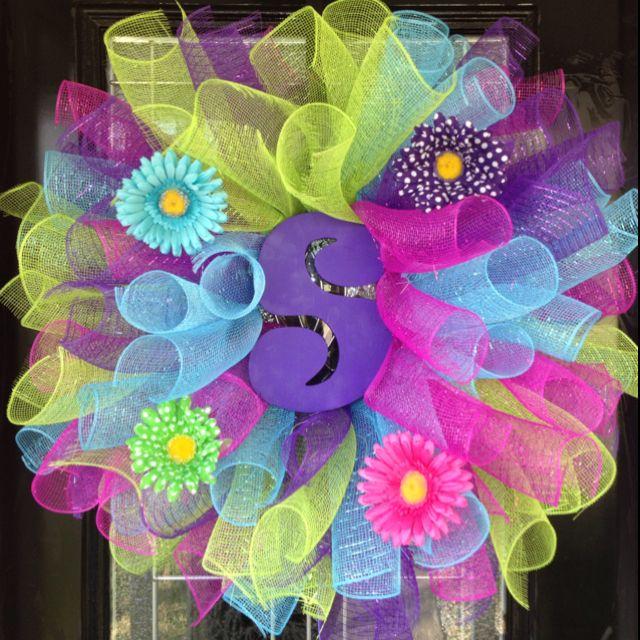 Deco mesh Spring initial letter wreath!640 640 Pixel, Initials Letters, Letters Wreaths, Crafts Ideas, Mesh Spring, Deco Mesh Wreaths Ideas, Wreath Ideas, Spring Initials, Spring Wreaths