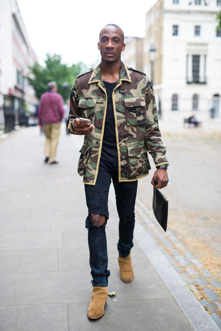 Galeria de Fotos Os looks de street style da temporada masculina Verão 2016 // Foto 337 // Notícias // FFW