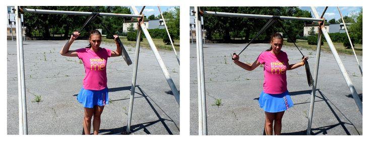 9 ćwiczenie – pracują m. pleców – czworoboczny, najszerszy grzbietu, równoległoboczny oraz mięśnie grzbietu, 3 serie po 12 powtórzeń