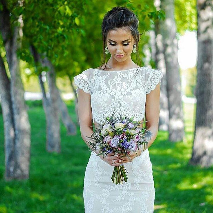 Наши невесты самые красивые. А свадебный сезон уже в самом разгаре! Успеваем заказать самые стильные букетики для себя любимых