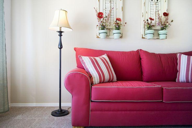 Картинки по запросу розовый диван
