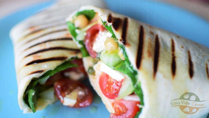 Majdnem vegán tortilla tekercs, szuvidolt csicseriborsóval  #sousvide #chickpeasts #tortilla #wrap #recipe #vegan #rrecept #kitchen #csicseriborsó #roasted #boiled