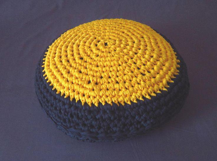 1000 idees sur le theme pouf jaune sur pinterest tapis for Tapis jonc de mer avec canape cuir 3 places electrique