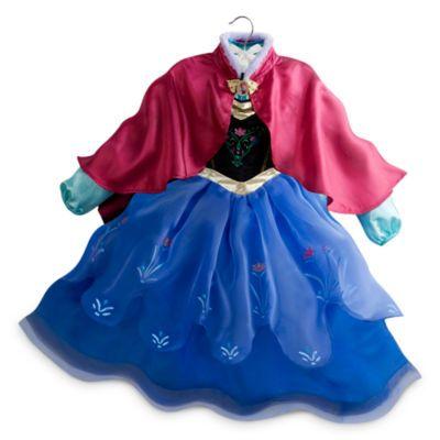 Ahora, las fans de Frozen pueden vestirse igual que Anna con este bonito disfraz. Entre la gran cantidad de exquisitos detalles, destacan el corpiño estampado, la falda festoneada con estampado brillante y la capa de raso.